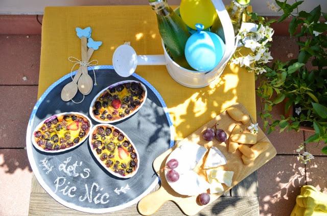 idee e decorazioni per un picnic estivo in terrazzo