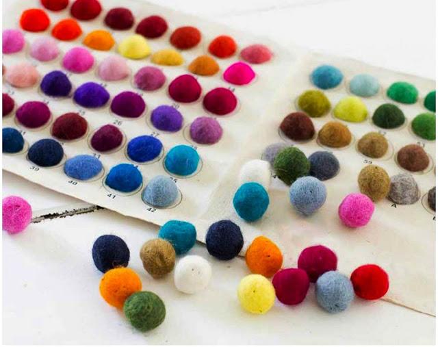Cartella colori per tappeti di palline Sukhi
